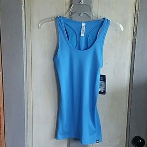 NWT Under Armour Racer Back Fitted Tank Top